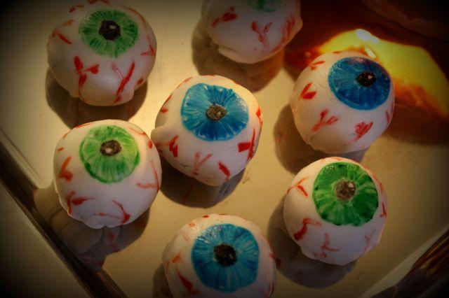 eyeseyes.jpg