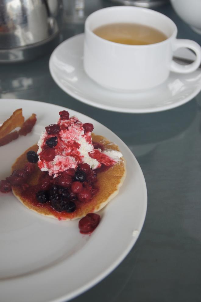 Desayuno en el Hotel Fullerton/ Breakfast at the Fullerton Hotel