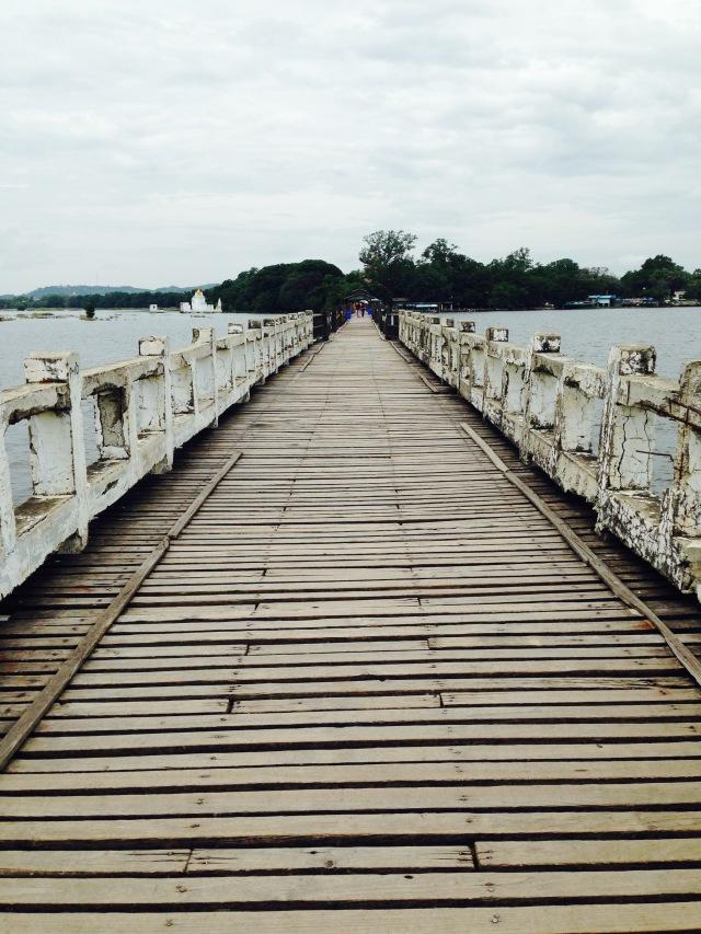 U Bein: el puente de teja más largo del mundo / U Bien: the longest teka bridge in the world