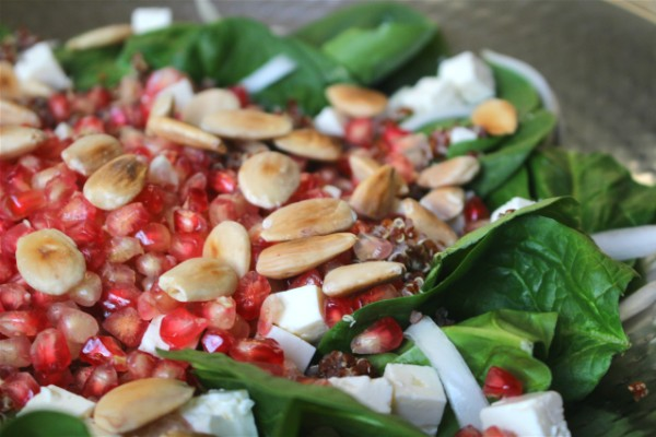 Resultado de imagen de Ensalada de granada, quinoa y feta